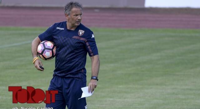 Torino, allenamento a porte chiuse: restano i problemi in difesa