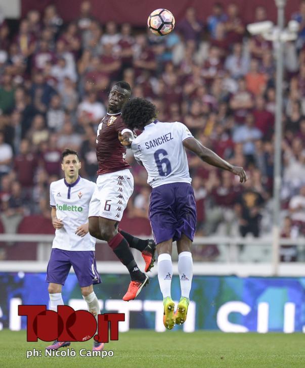 CAMPO, 2.10.16, Torino, stadio Olimpico Grande Torino, 7.a giornata di Serie A, TORINO-FIORENTINA, nella foto: Afriyie Acquah e Carlos Sanchez