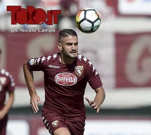 Butic con la maglia del Torino