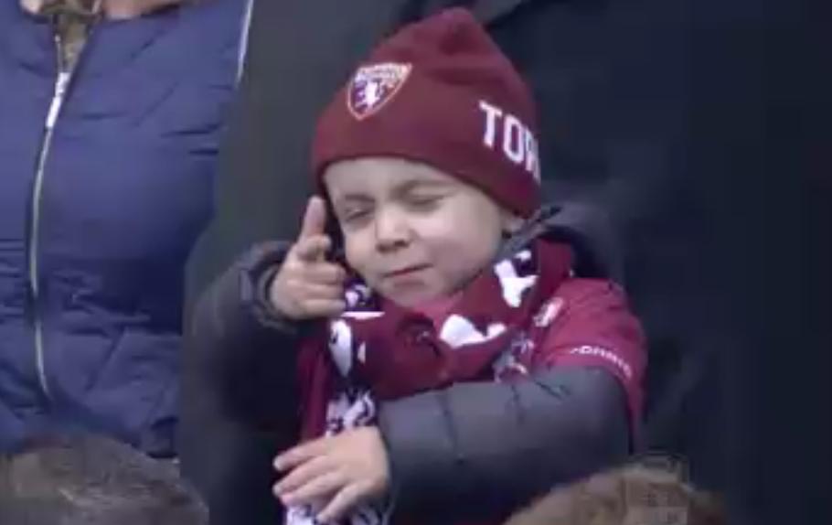 Torino-Inter esultanza bambino