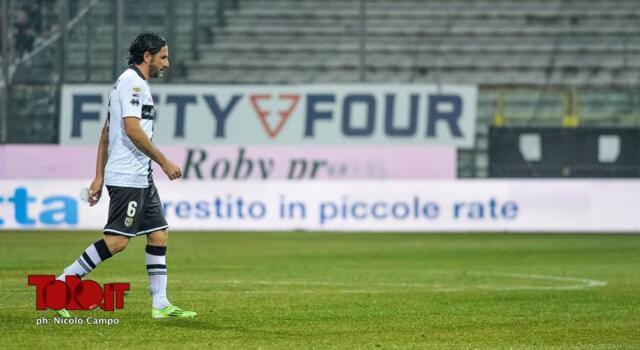 Parma, penalizzazione di 5 punti cancellata. Ridotta la squalifica di Calaiò