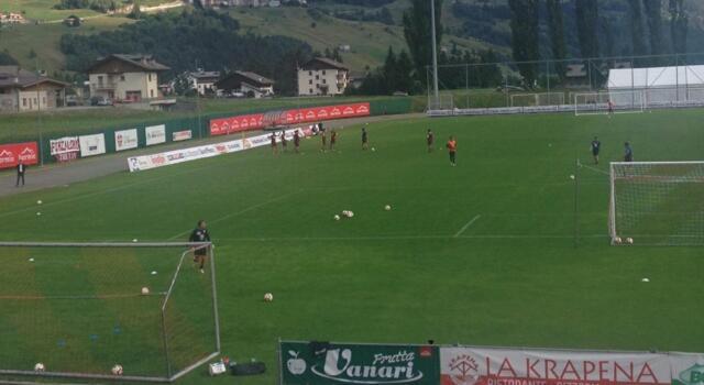 Torino: Belotti, in allenamento rovesciata come contro il Sassuolo
