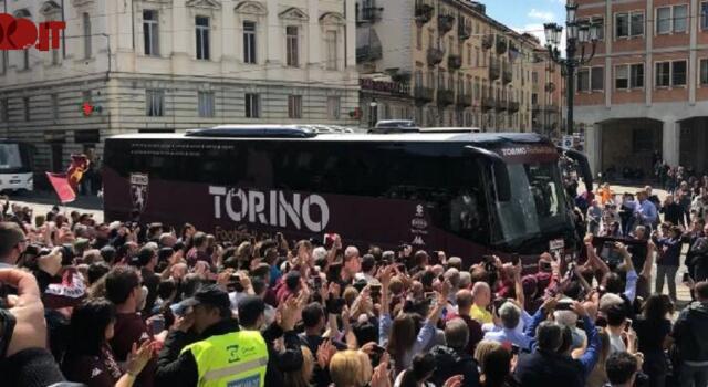 4 maggio, al Duomo l'arrivo del Toro – VIDEO