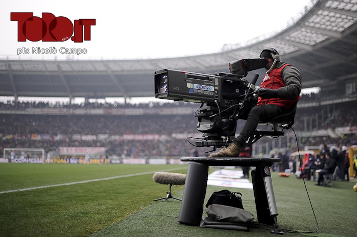 Telecamera Sky Dazn allo stadio Olimpico Grande Torino
