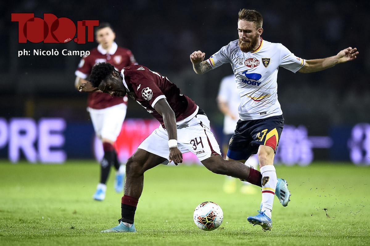Ola Aina e Zan Majer in Torino-Lecce 1-2