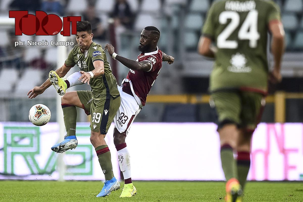 Giovanni Simeone Nicolas Nkoulou in Torino-Cagliari 1-1-, serie A 2019/2020