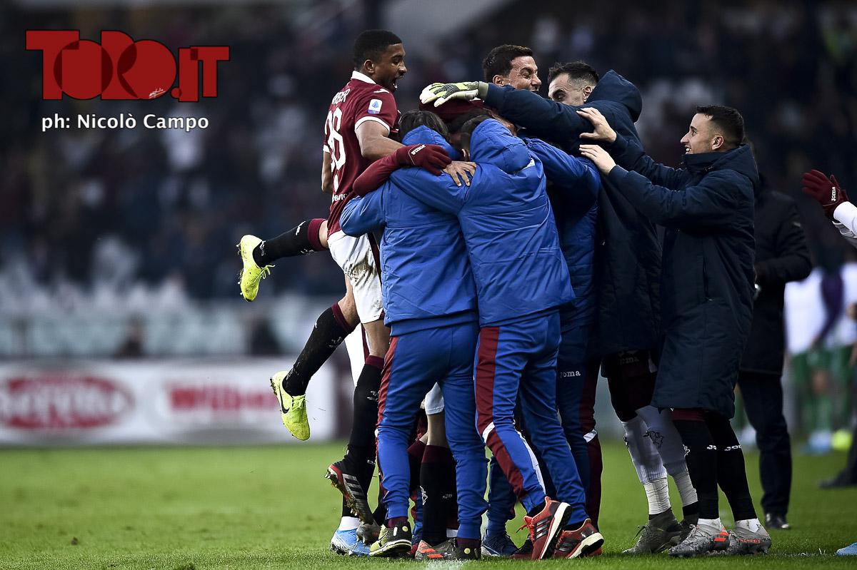 Torino-Fiorentina: l'esultanza della squadra granata
