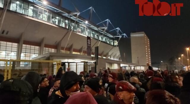 La serata / Protesta dei tifosi, poi il confronto tra Mazzarri e Cairo