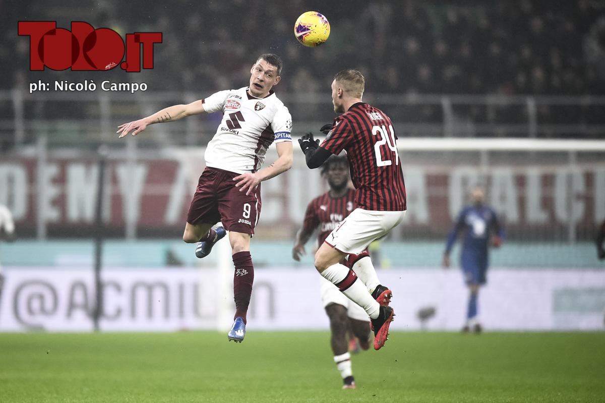 Andrea Belotti e Simon Kjaer in Milan-Torino 1-0