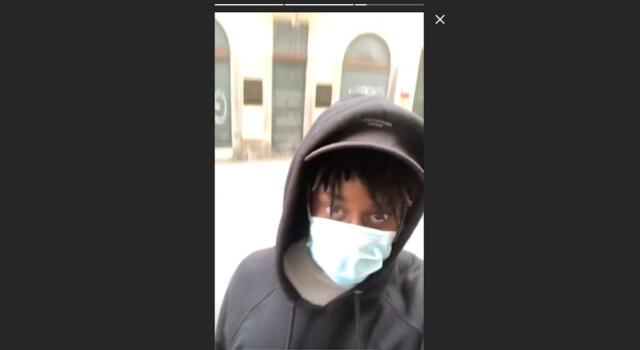 Coronavirus: Meité a far la spesa con mascherina e guanti