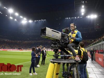Diritti tv: Sky rischia grosso, Dazn in vantaggio per il triennio 2021/2024