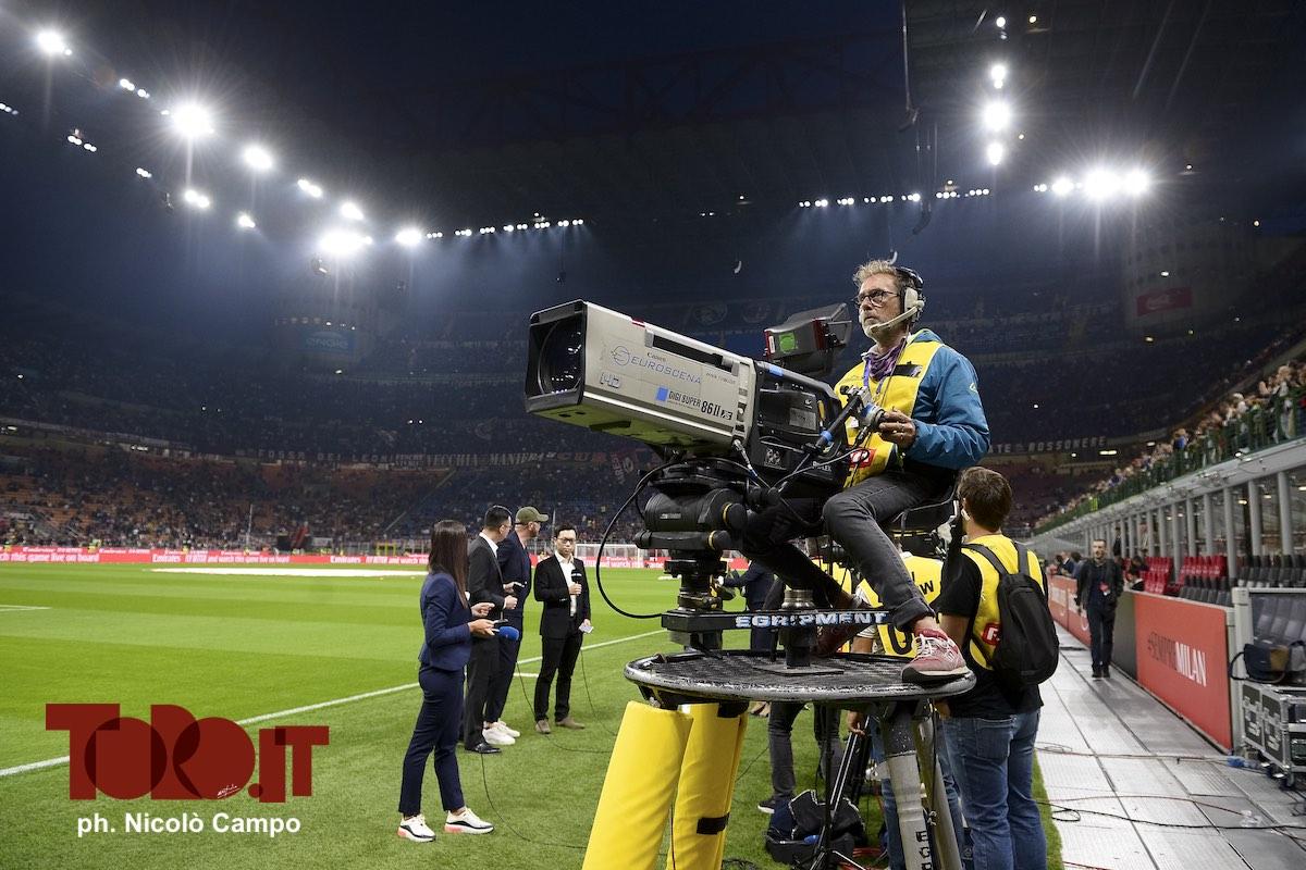 Telecamera allo stadio