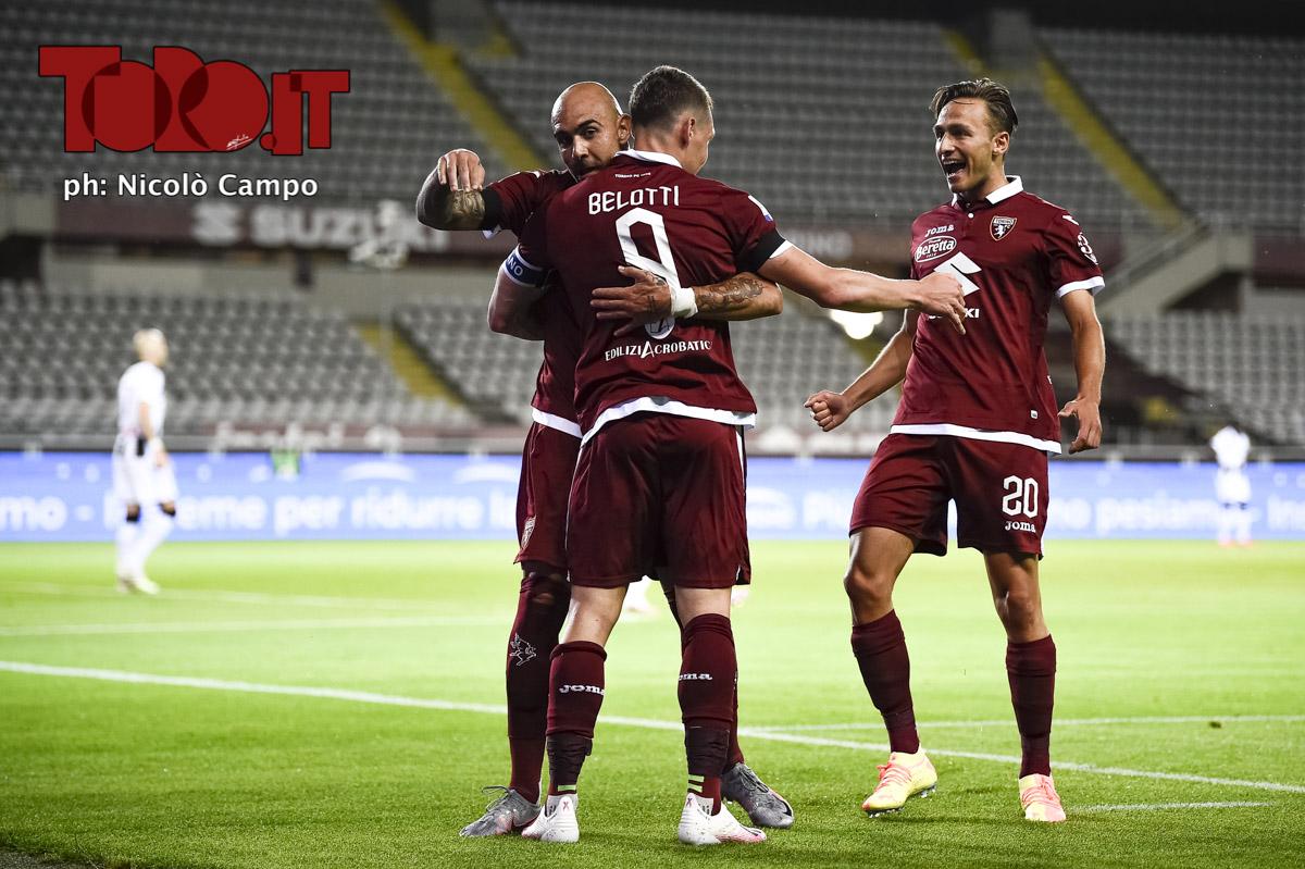 Torino, esultanza con l'Udinese