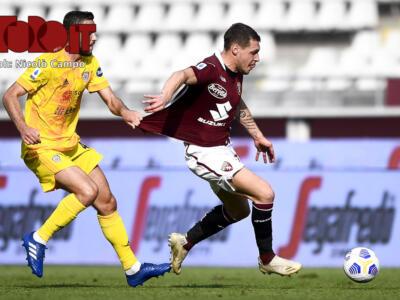 Serie A, il Cagliari punta il Toro: è sfida salvezza con il Parma. Per il Crotone c'è l'Udinese