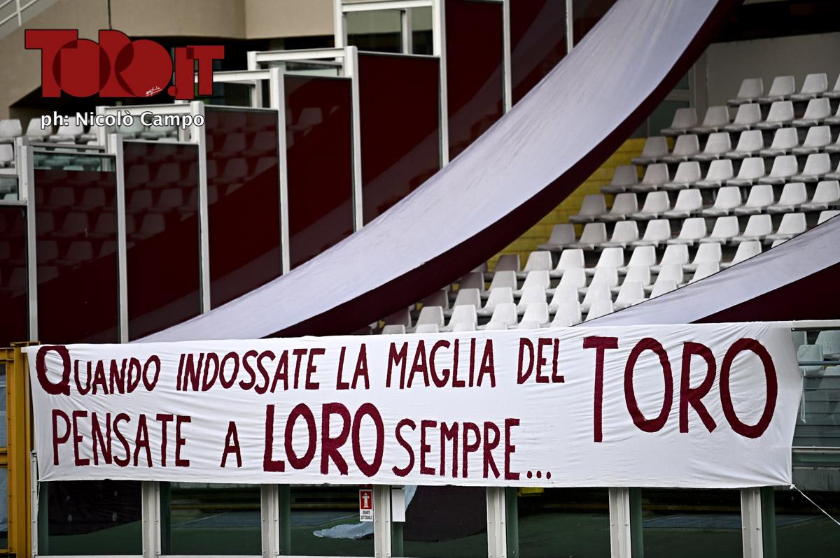Striscione per il Grande Torino