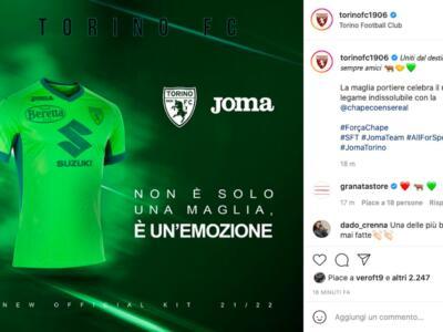 Torino, dopo l'omaggio al River arriva quello alla Chapecoense: la maglia del portiere è verde