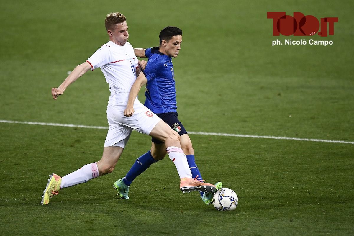 Giacomo Raspadori e David Zima in Italia-Repubblica Ceca 4-0, amichevole 2021