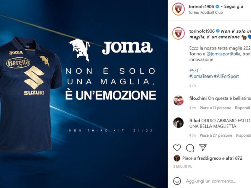 Torino, ecco la terza maglia: è blu con le scritte in oro