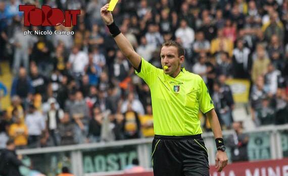 Lazio-Torino, Mazzoleni non vede un rigore per il Toro